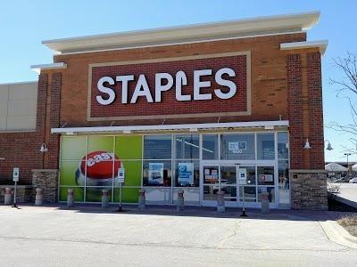 Staples Vernon Hills IL